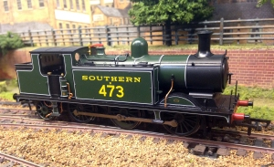 Bachmann E4 posed on Loughborough Road