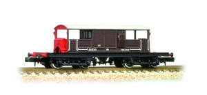Graham Farish Queen Mary brake van picture courtesy of Bachmann
