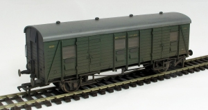 A weathered Bachmann PLV