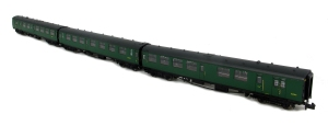 Graham Farish 3 coach Bulleid set 830