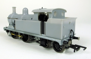 Hornb y H Class EP rear 3/4 view
